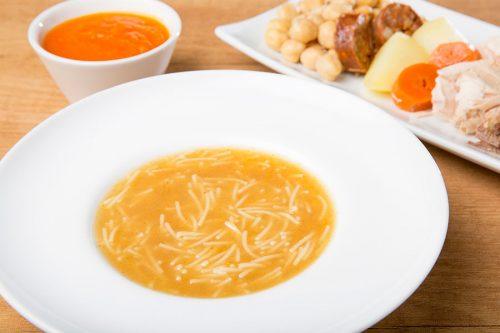 foto del cocido madrileño de plato al centro